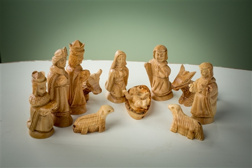 Ns06 Traditional 12 Piece Nativity Figures Small 4
